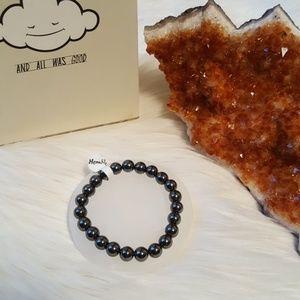 Jewelry - Hematite (grounding & balancing) bracelet NWT  🔮